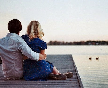 hug-couple-lovers-cute-sadness-alone-river